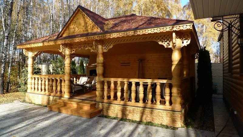 Деревянные лестницы в Киеве, изготовление, реализация