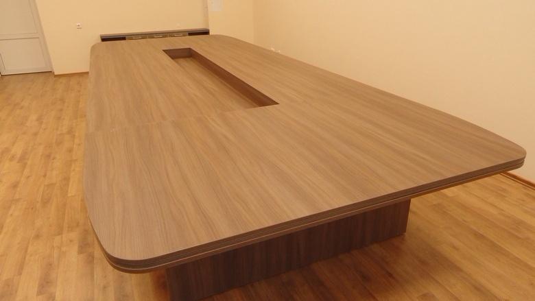 Стол для переговоров фото 28