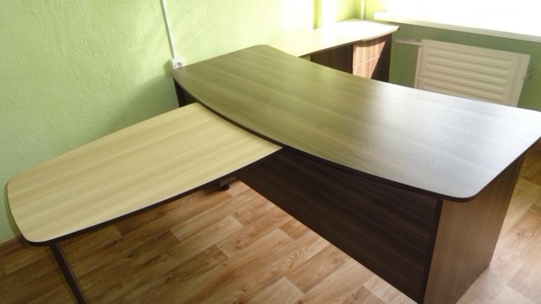 стол для сотрудника на заказ