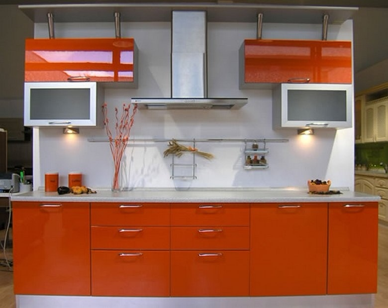 фото 12 линейная оранжевая кухня на заказ