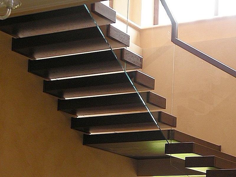 ступени из массива для лестницы