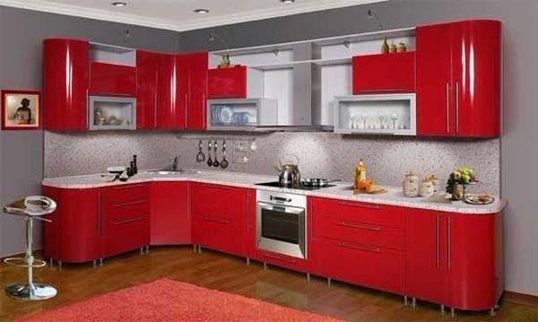 Красная угловая кухня с гнутыми фасадами глянцевая пластик