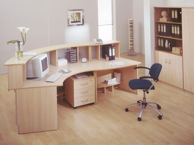 Письменный стол для приемной