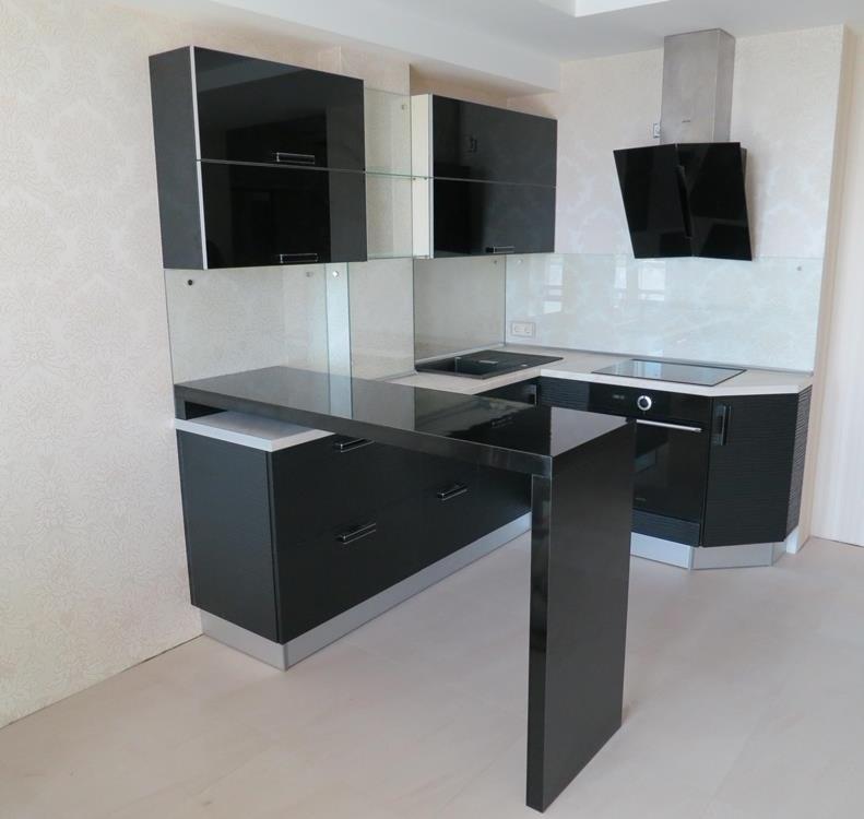 Кухня из пластика черная
