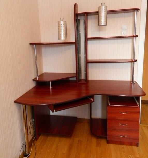 Компьютерный стол фото 17