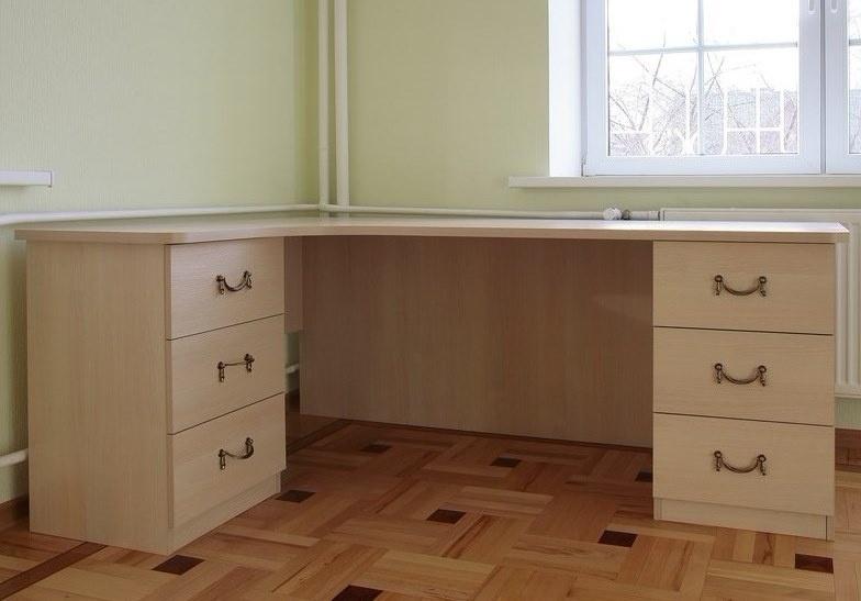 Письменный стол фото 6