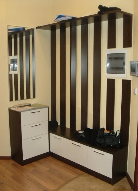 Мебель для прихожей с комодом