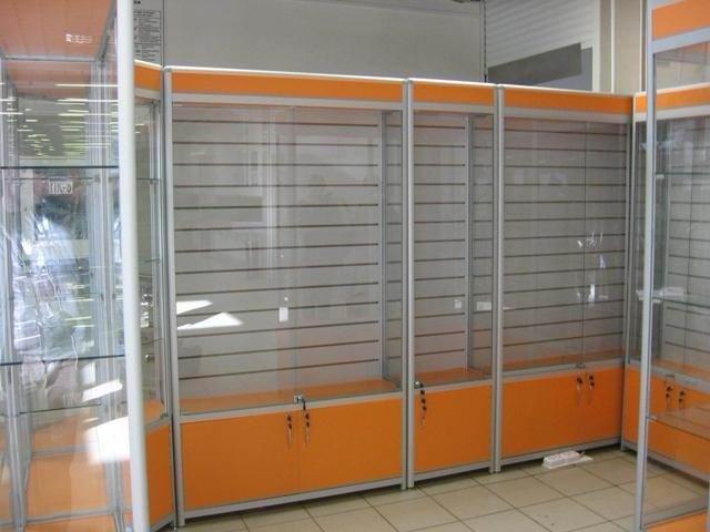 стеклянная витрина для аптеки под заказ в минске